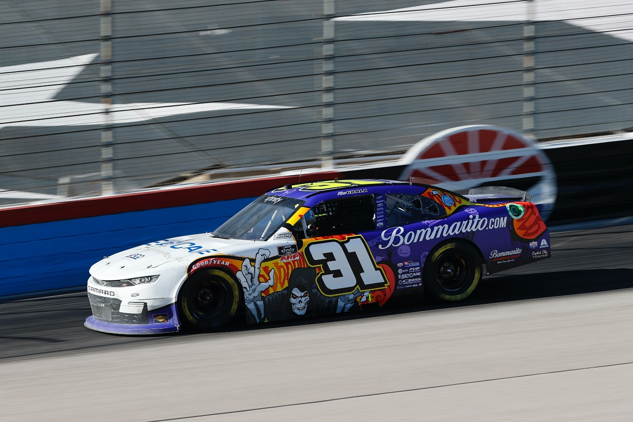 Kaz Grala Drives to a 15th Place Finish at Texas Motor Speedway